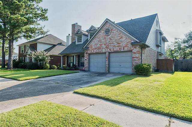 16135 Lakestone, Tomball, TX 77377 (MLS #88220843) :: The Bly Team