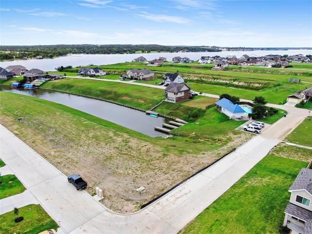 10728 S Lake Mist Lane, Willis, TX 77318 (MLS #88301108) :: My BCS Home Real Estate Group