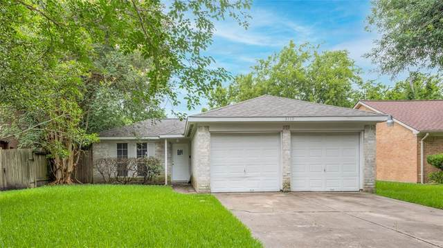3419 Wuthering Heights Drive, Houston, TX 77045 (MLS #88339152) :: Giorgi Real Estate Group