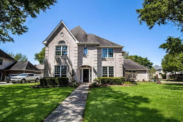 902 Oak Parkway Drive, Houston, TX 77077 (MLS #88369414) :: The Home Branch
