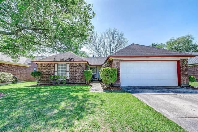 4751 Quillback Drive, Friendswood, TX 77546 (MLS #88396050) :: Ellison Real Estate Team