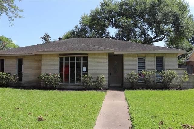 958 Buoy Road, Houston, TX 77062 (MLS #88399993) :: Parodi Group Real Estate
