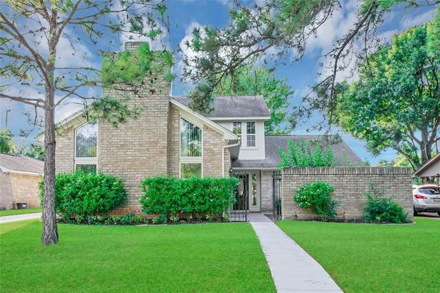 2706 Colony Drive, Sugar Land, TX 77479 (MLS #88410913) :: The SOLD by George Team