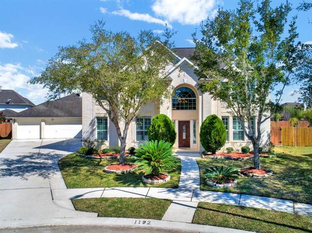 1102 Maxi Circle, Friendswood, TX 77546 (MLS #88494684) :: Ellison Real Estate Team