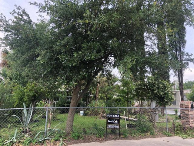 610 W Main Street, Baytown, TX 77520 (MLS #88520976) :: Texas Home Shop Realty