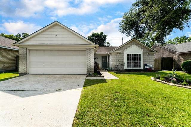 1514 Meadow Park Drive, La Porte, TX 77571 (MLS #88532286) :: The Heyl Group at Keller Williams