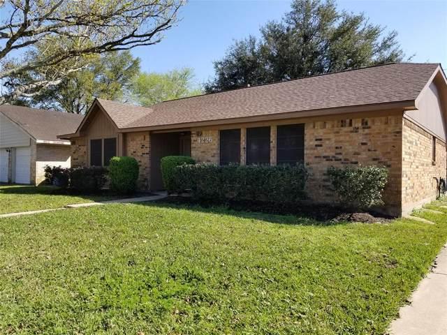 4226 Iroquois Drive, Pasadena, TX 77504 (MLS #88548415) :: The Jill Smith Team