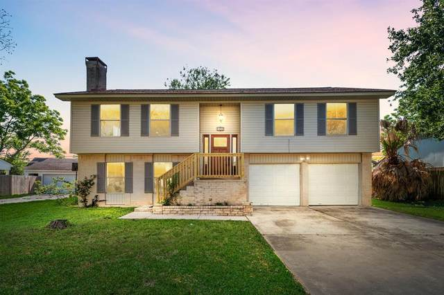 433 E Castle Harbour Drive, Friendswood, TX 77546 (MLS #88573202) :: Christy Buck Team