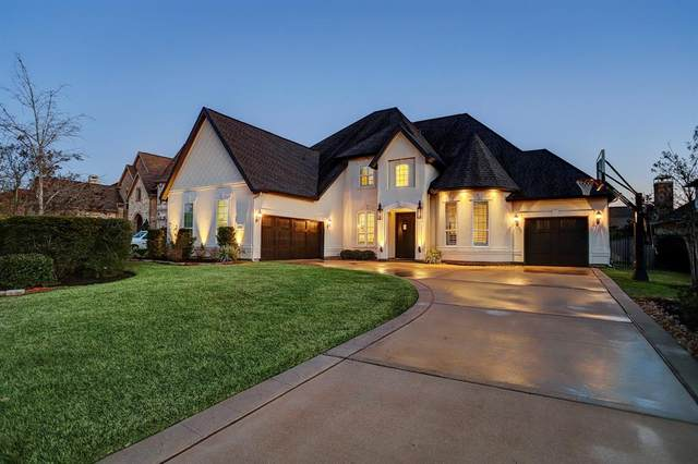 10 Hollyflower Place, The Woodlands, TX 77375 (MLS #88807154) :: Giorgi Real Estate Group