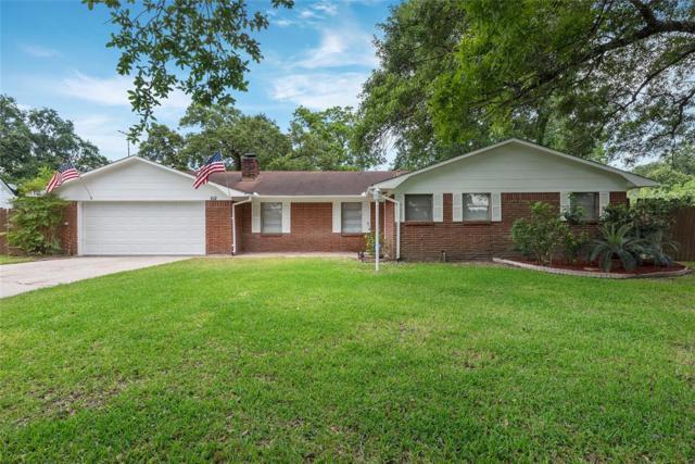 612 Danubina Street, Baytown, TX 77520 (MLS #88835427) :: Magnolia Realty