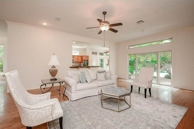 91 N Misty Morning Trace, The Woodlands, TX 77381 (MLS #88878093) :: Lerner Realty Solutions
