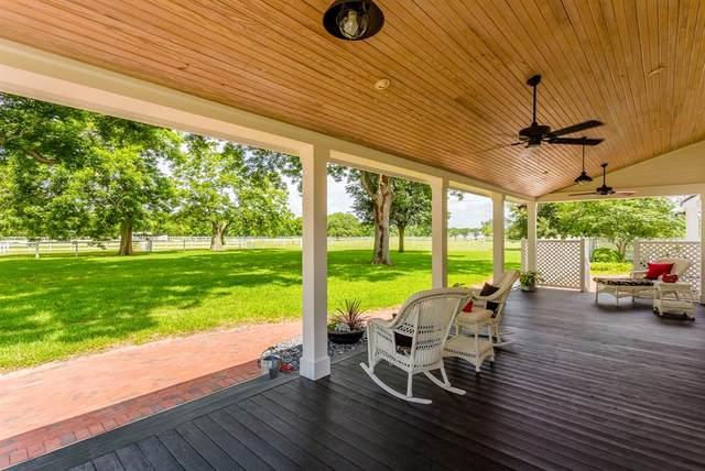 7621 Bois D Arc Lane, Fulshear, TX 77406 (MLS #88895489) :: Bray Real Estate Group