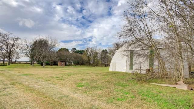 21131 Fm 521 Road, Angleton, TX 77515 (MLS #88967527) :: Texas Home Shop Realty