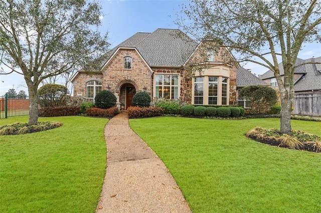 30 Waters Lake Boulevard, Missouri City, TX 77459 (MLS #88992888) :: Homemax Properties