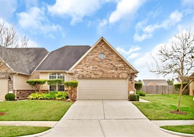 1710 Pepper Hill Lane, Sugar Land, TX 77479 (MLS #89033083) :: CORE Realty