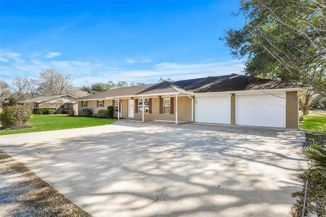 325 Lisa Lane, Dayton, TX 77535 (MLS #89045747) :: Giorgi Real Estate Group
