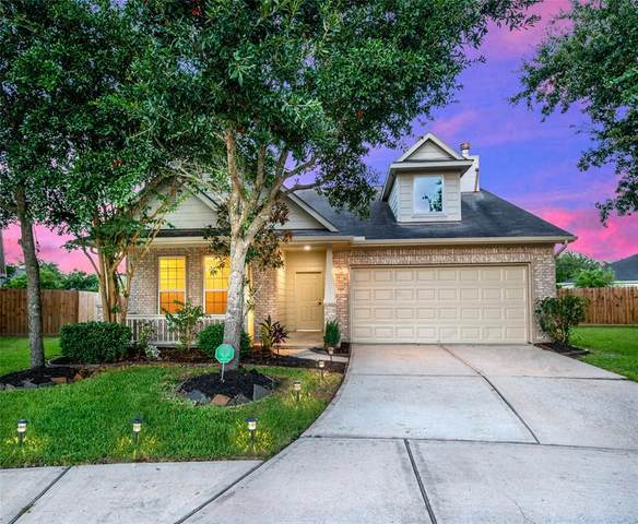 13001 Ferry Cove Lane, Pearland, TX 77584 (MLS #89087235) :: The SOLD by George Team