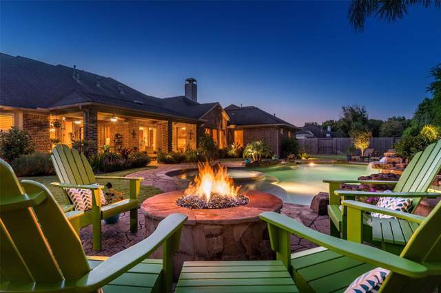 404 Northcliff Ridge Lane, Friendswood, TX 77546 (MLS #89088805) :: Ellison Real Estate Team