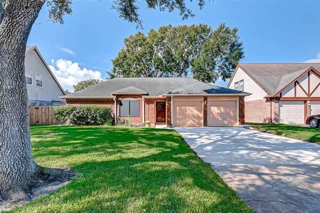 2411 Pebbledowne Circle, Sugar Land, TX 77478 (MLS #89102986) :: Caskey Realty