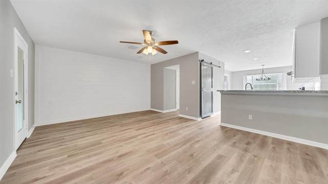 13563 Castilian Drive #1, Houston, TX 77015 (MLS #89105724) :: Phyllis Foster Real Estate