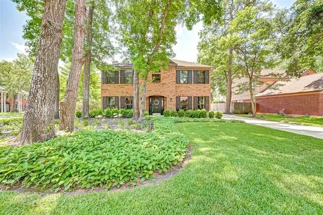 3950 Forest Village Drive, Kingwood, TX 77339 (MLS #89149755) :: The Parodi Team at Realty Associates