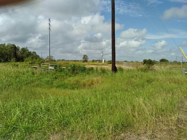 3034 E Highway 332, Freeport, TX 77541 (#89214339) :: ORO Realty