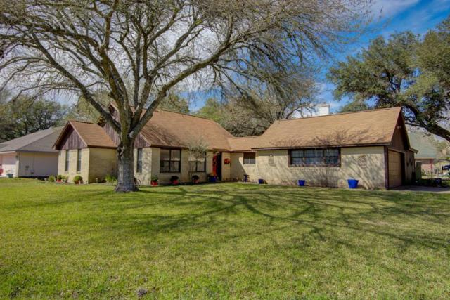 3 Oak Court Court, La Grange, TX 78945 (MLS #89220356) :: The Heyl Group at Keller Williams