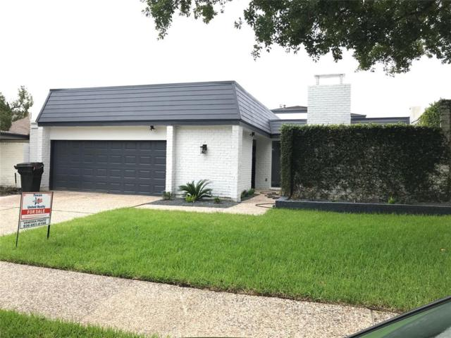 5533 Shadow Crest Street, Houston, TX 77096 (MLS #89231751) :: Texas Home Shop Realty