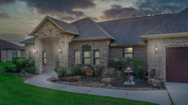11515 Grand Pond Drive, Montgomery, TX 77356 (MLS #89325319) :: The Home Branch