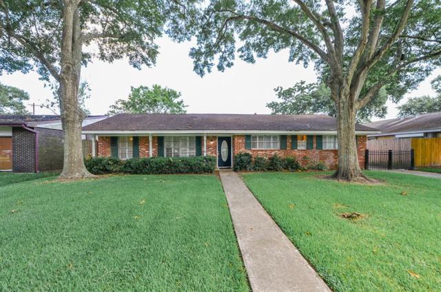 2223 Bayou Drive, League City, TX 77573 (MLS #89341840) :: Texas Home Shop Realty