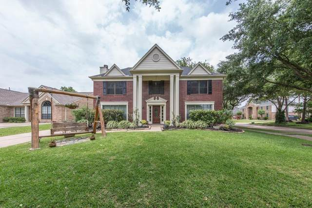 2126 Autumn Cove Drive, League City, TX 77573 (MLS #89456288) :: Christy Buck Team