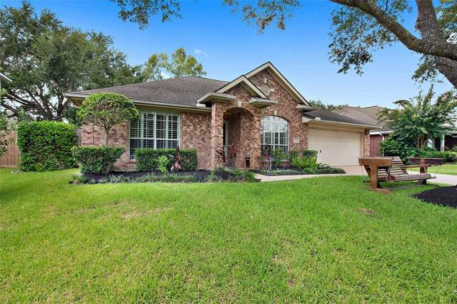 1034 S Wellsford Drive, Pearland, TX 77584 (MLS #89509236) :: The Freund Group