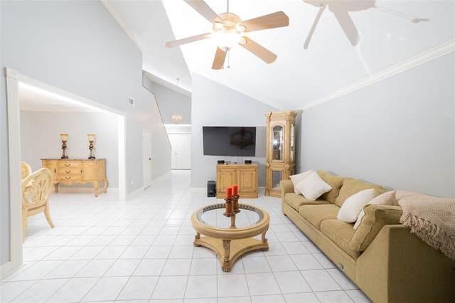 6527 Gladewell Drive, Houston, TX 77072 (MLS #89537223) :: Giorgi Real Estate Group