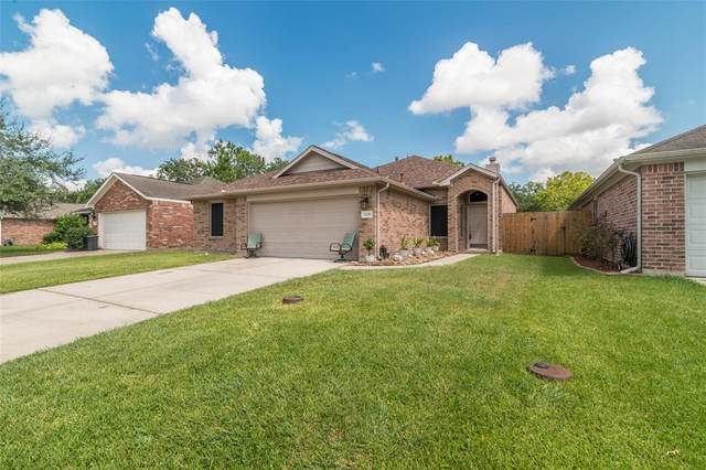 1229 Halls Bridge, League City, TX 77573 (MLS #89626019) :: Phyllis Foster Real Estate