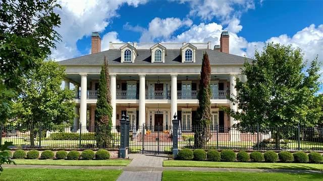 38 E Shore Drive, The Woodlands, TX 77380 (MLS #89717707) :: The Sansone Group