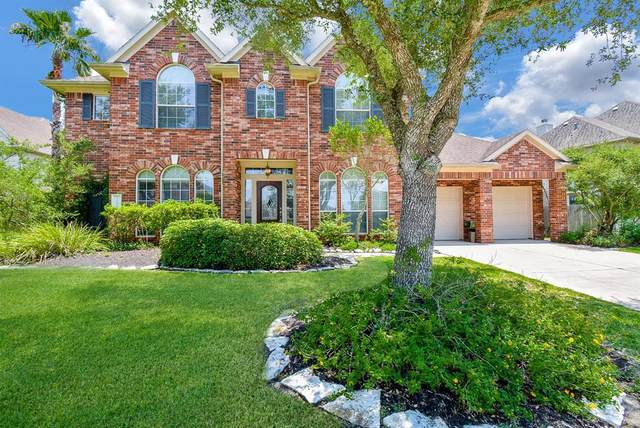 12107 Galleon Point Drive, Pearland, TX 77584 (MLS #89719555) :: The Queen Team