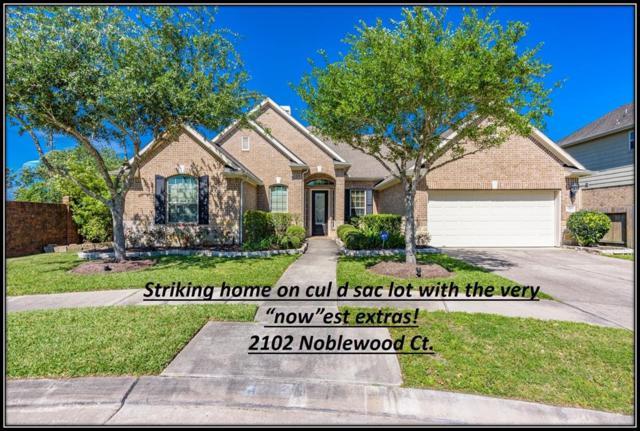 2102 Noblewood Court, League City, TX 77573 (MLS #89749702) :: Rachel Lee Realtor