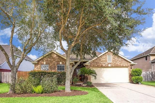 3908 Pennyoak Drive, Pearland, TX 77581 (MLS #89773349) :: The Sansone Group