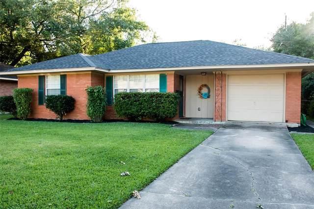 314 Robin Street, Deer Park, TX 77536 (MLS #89785285) :: NewHomePrograms.com LLC