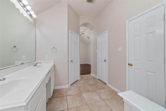 13803 Oxham Falls Court, Houston, TX 77044 (MLS #89802728) :: Lerner Realty Solutions