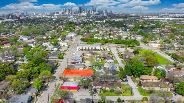 4805 Canal Street, Houston, TX 77011 (MLS #89859267) :: The Freund Group