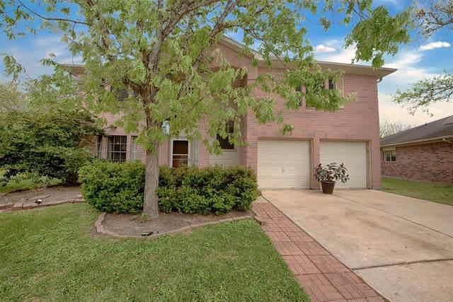 1707 Oak Valley Drive, Kemah, TX 77565 (MLS #89899356) :: The SOLD by George Team