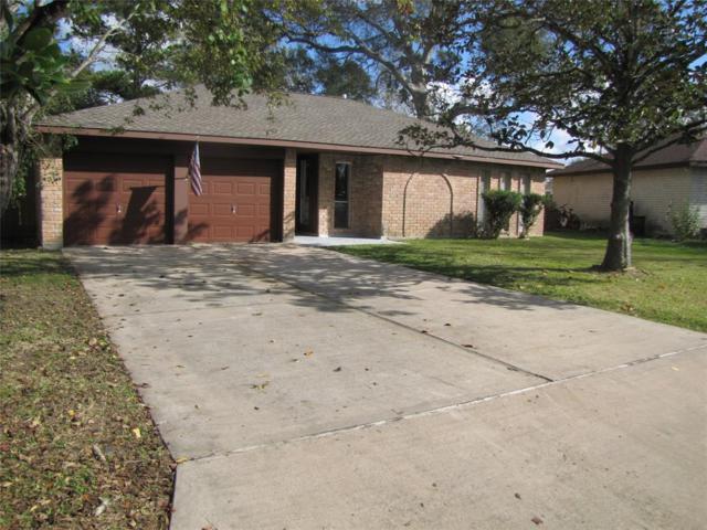 507 Castlelake Drive, Friendswood, TX 77546 (MLS #89915149) :: The SOLD by George Team
