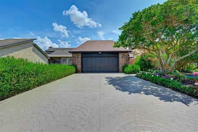 20218 Atascocita Lake Drive, Houston, TX 77346 (MLS #89922010) :: Caskey Realty