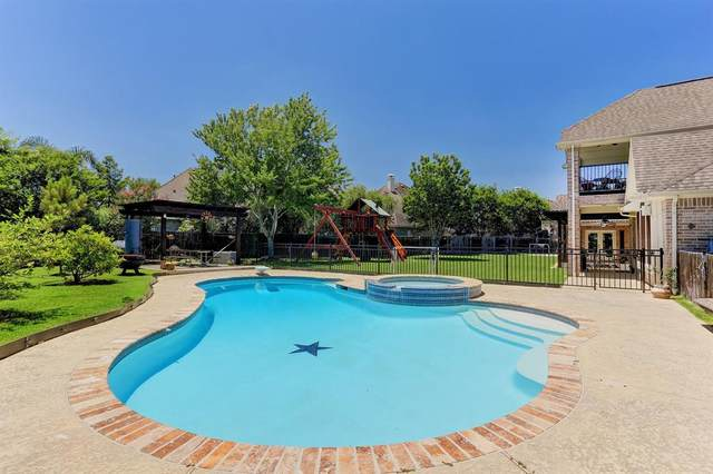 2606 Broken Creek Court, Pearland, TX 77584 (MLS #89943199) :: The SOLD by George Team
