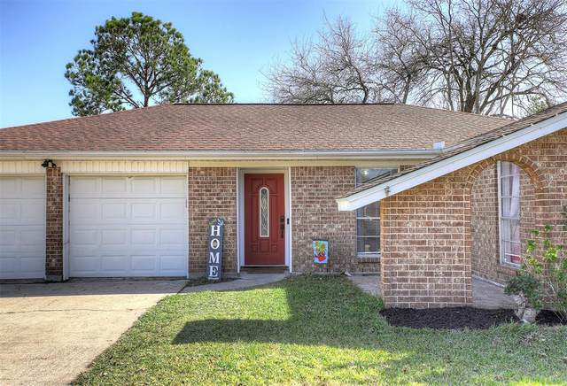 411 Duroux Road, La Marque, TX 77568 (MLS #89957073) :: Christy Buck Team