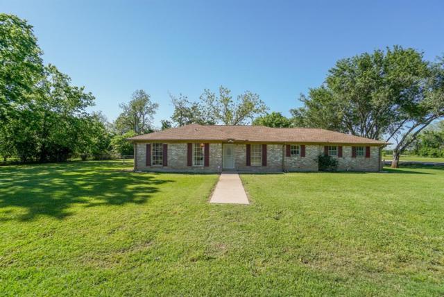 406 Cowhide Road, Simonton, TX 77476 (MLS #89969069) :: Texas Home Shop Realty