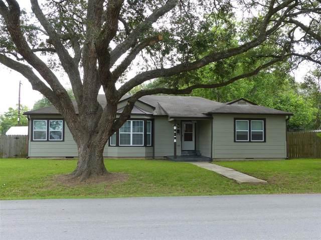 1201 Alamo Street, Rosenberg, TX 77471 (MLS #89989801) :: The SOLD by George Team