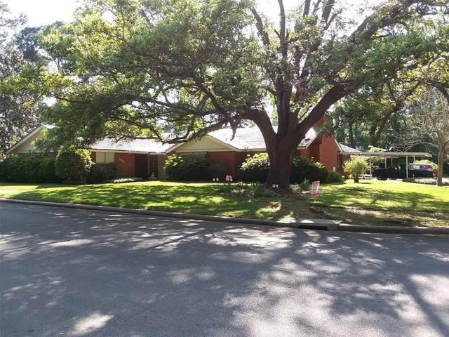 1002 S College Avenue, Cleveland, TX 77327 (MLS #90011846) :: Ellison Real Estate Team