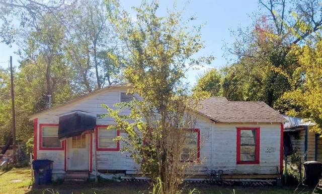 1104 4th Street, Bay City, TX 77414 (MLS #90023104) :: Texas Home Shop Realty
